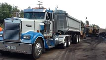 Image of one of Snelten, Inc.'s Semis used for trucking and hauling needs